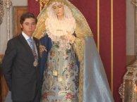 Alberto y la Virgen del Dulce Nombre.